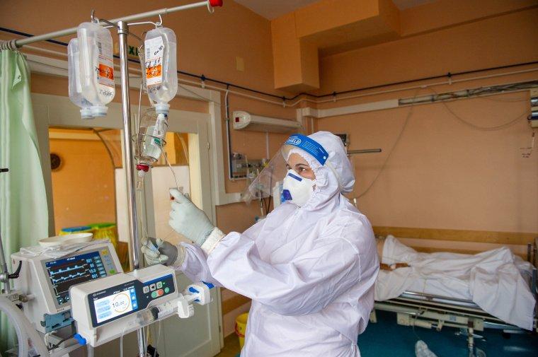 Ha meghal egy beteg, megürül egy ágy, de rögtön be is telik