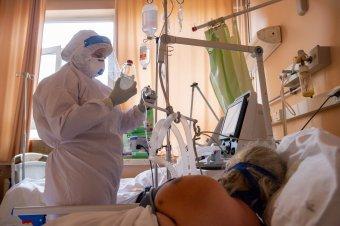 Cîţu kiakadt a Covid-gyógyszer beszerzési kálváriája és a mentősök lassú reagálása miatt