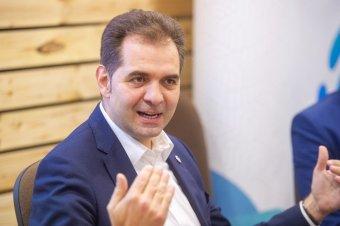 Antal Árpád: az USR-PLUS pártszövetség még megkerülheti a koalíciós megállapodást</h2>
