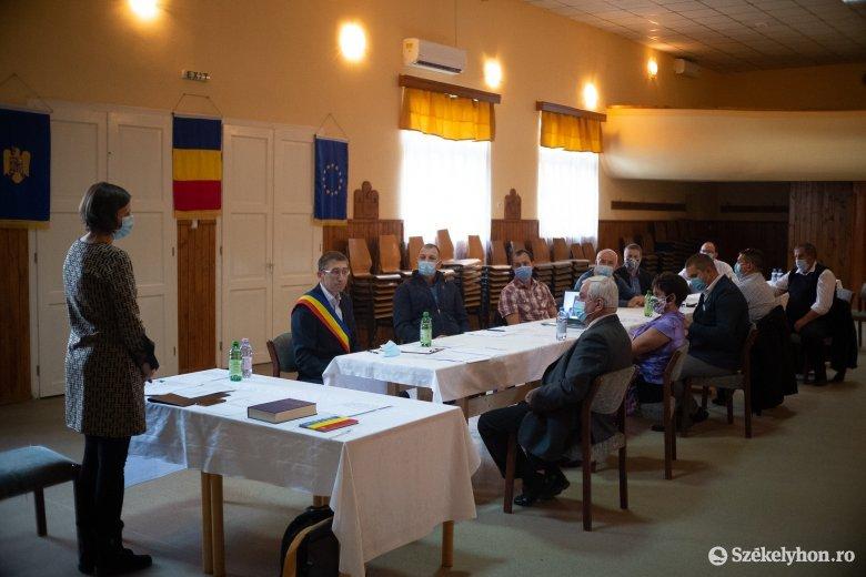Már el is kezdte a munkát Siménfalva új polgármestere