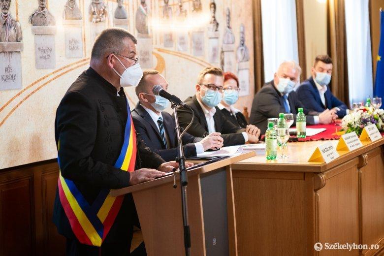 Megalakult az önkormányzati testület, beiktatták a régi-új polgármestert Székelyudvarhelyen
