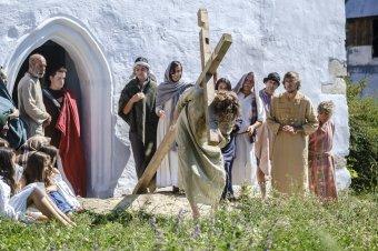 Jézus tegnap, ma, holnap