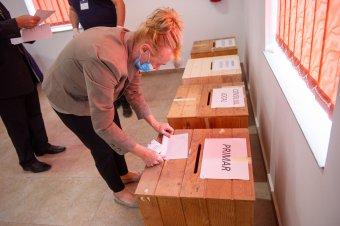 Románia 35 településen rendeznek időközi választást vasárnap