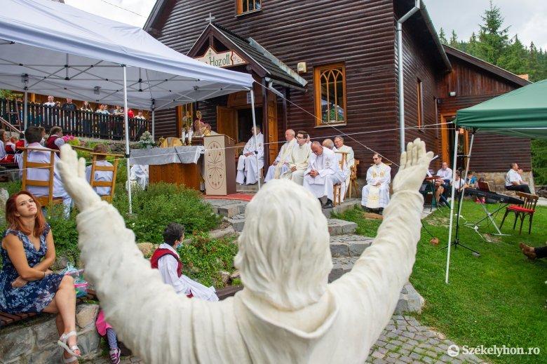 Új pálos kolostor épül Hargitafürdőn