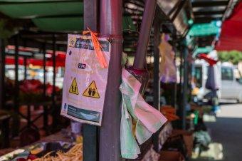Képviselőház: a veszélyhelyzet ideje alatt is nyitva tarthatnak a zárt térben működő élelmiszerpiacok