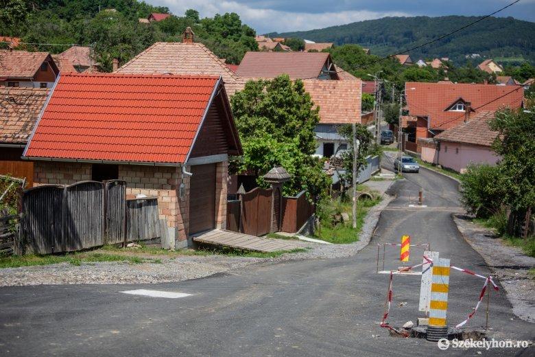A község újíttatja a megyei utat Oroszhegyben
