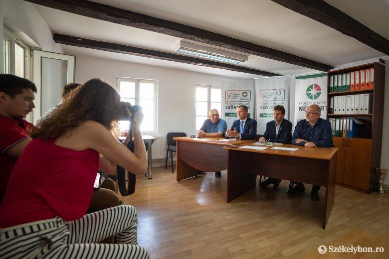 Polgármestereket váltana az EMSZ Siménfalván és Farkaslakán