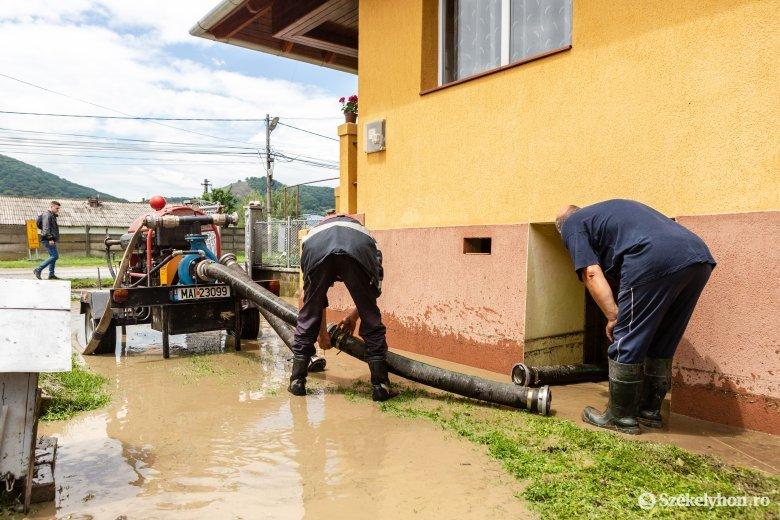 Fotókon a székelyudvarhelyi áradás utáni állapotok