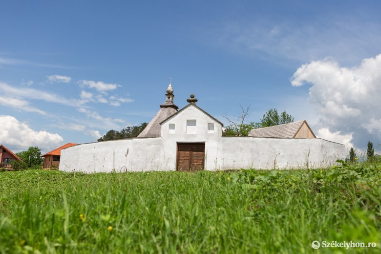 Idén még zajlanak a felújítási munkálatok a Jézus-kápolnánál