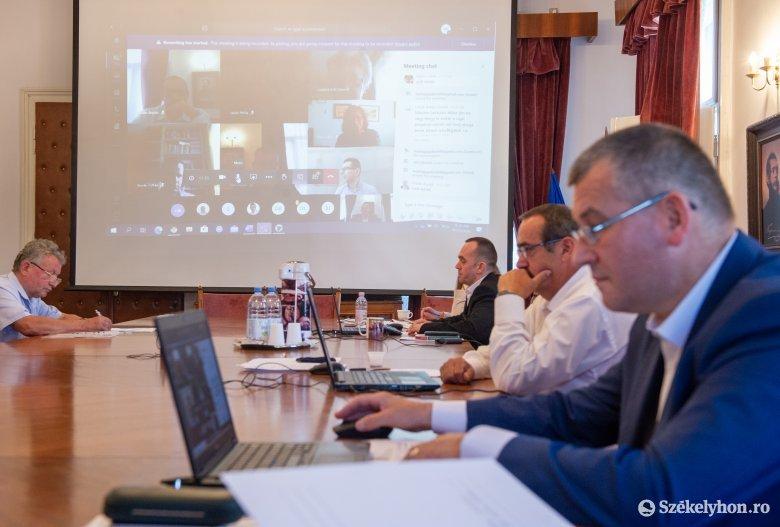 Nincs veszve az Orbán Balázs iskola sporttermének ügye