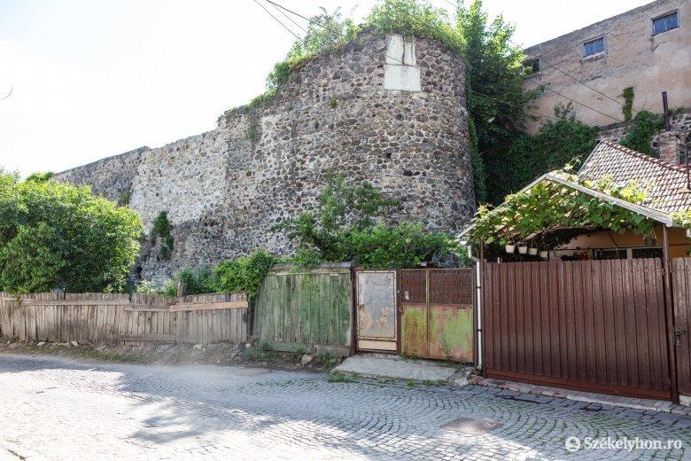 Székelytámadt-vár: idén csak a felújítás és restaurálás terve készül el