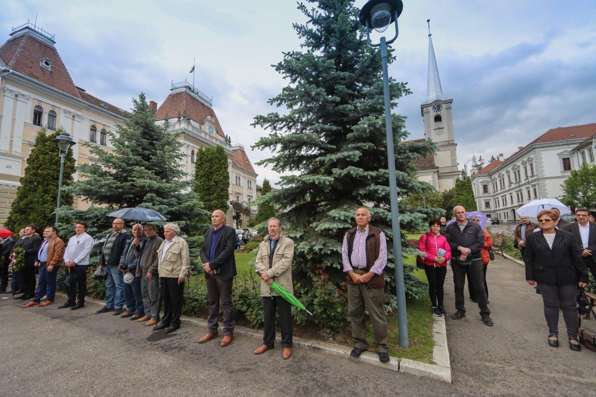 https://media.szekelyhon.ro/pictures/udvarhely/aktualis/2020/07-juni/o_trianon-megemlekezes-szekelyudvarhely-ba-6-.jpg