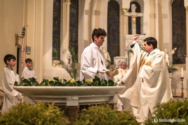 Húsvétfényes vigília vészterhes időkben Zetelakán