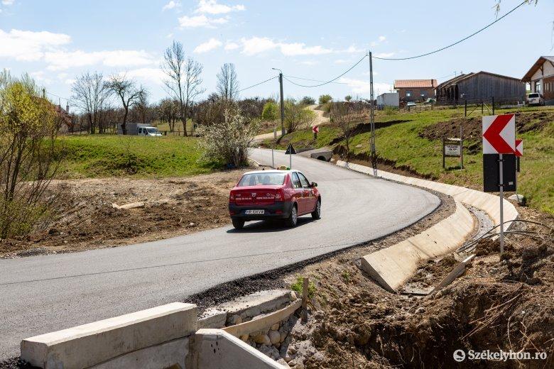 Javuló utak Oroszhegy községben