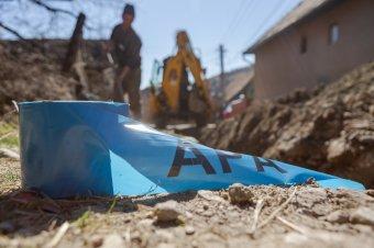 Folyik a munka: nagyberuházások keretében fejlesztik Szatmár megye víz- és csatornahálózatát