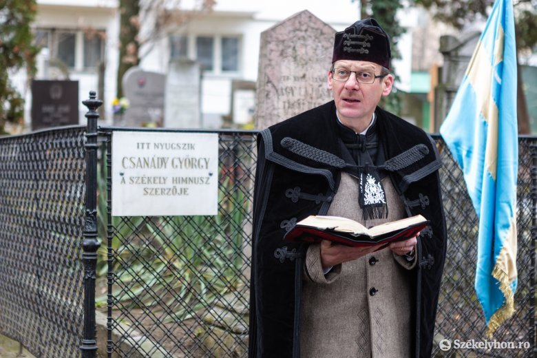 Leszármazottaival együtt emlékeztek a székely himnusz írójára Székelyudvarhelyen