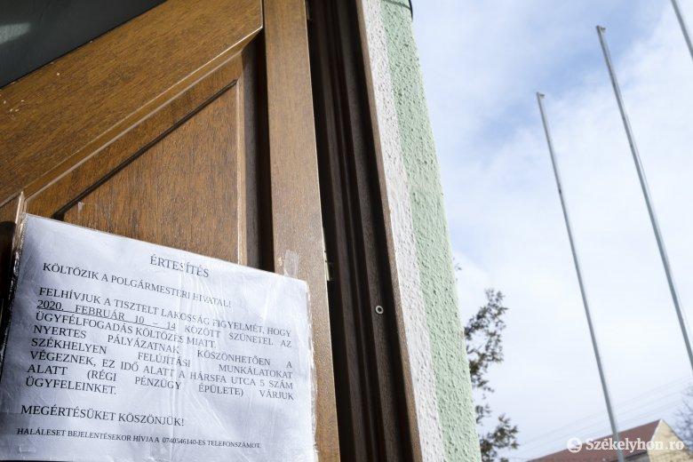 Költözik a polgármesteri hivatal, kezdődik a felújítás