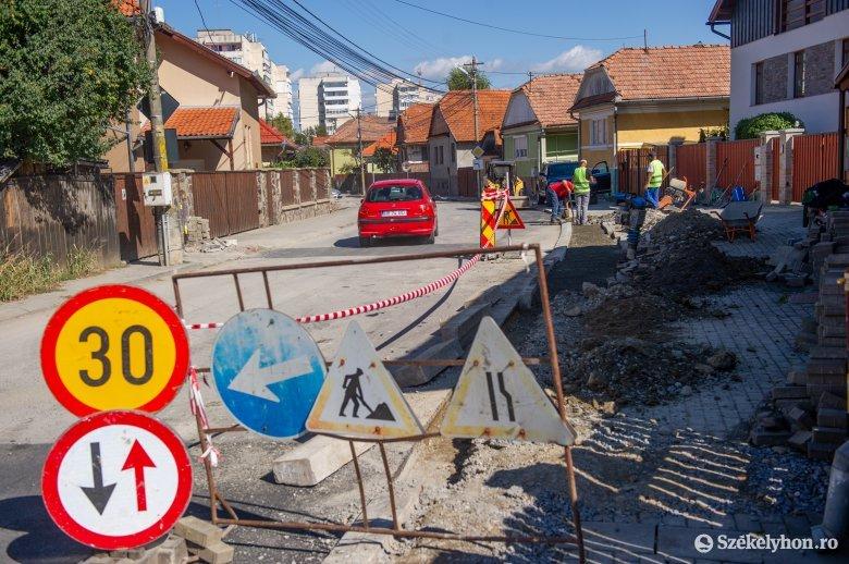Ezért állították le a Szentjános utca helyreállítását Székelyudvarhelyen