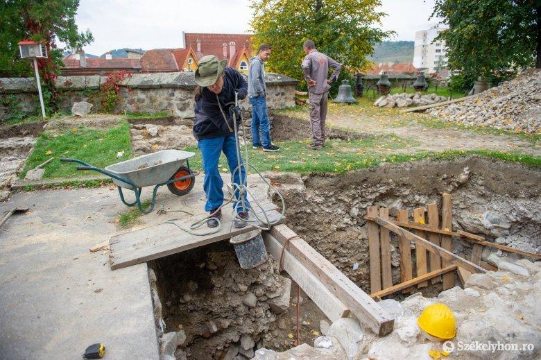 Vannak eredmények, de még mindig nem tudni, hogyan működött a Székelytámadt-vár bejárata