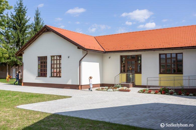 Jobb később, mint soha: hétfőtől korszerű épületben indul a bögözi óvodai oktatás