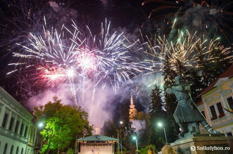 Ilyen volt a Szent István-napi tűzijáték Székelyudvarhelyen