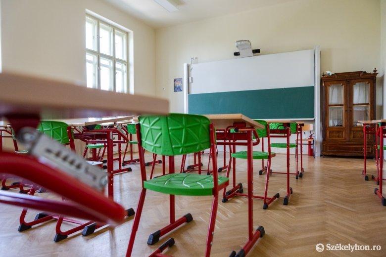 Jelenléti oktatásra készülnek Udvarhelyszéken, de működhet a B terv is