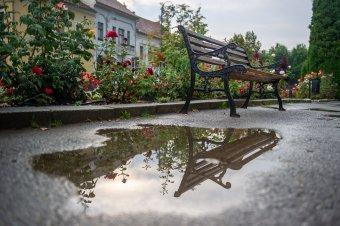 Meteorológusok: országszerte kiadós esőzésekre számíthatunk szombat reggelig