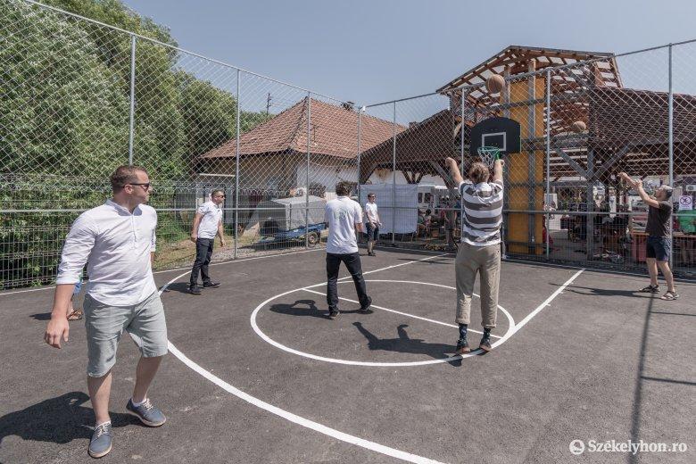 Tizenegy óra: egy felmérés szerint hetente átlagosan ennyit tölt testmozgással a romániai lakosság