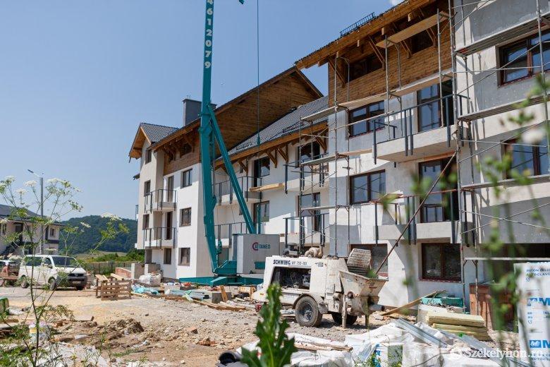 Idén befejeznék az újabb csereháti ifjúsági lakások felépítését