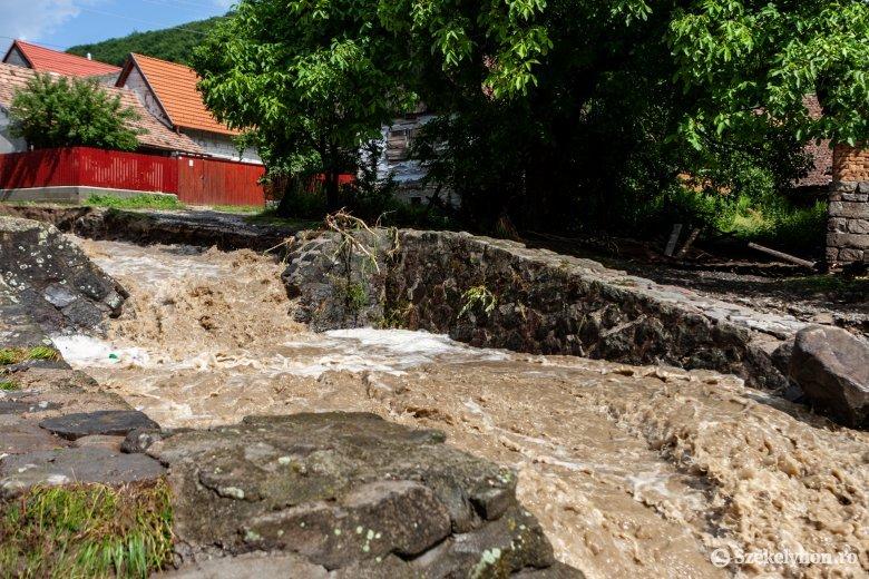 Újabb árvízriasztás a székelyföldi megyékben – veszélybe kerülhetnek az udvarhelyszéki települések