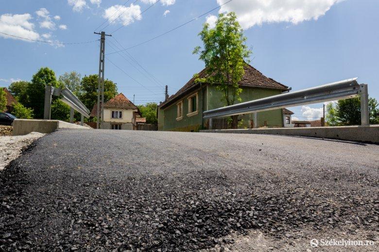 A község, ahol az utcák 97 százalékán aszfalton lehet közlekedni