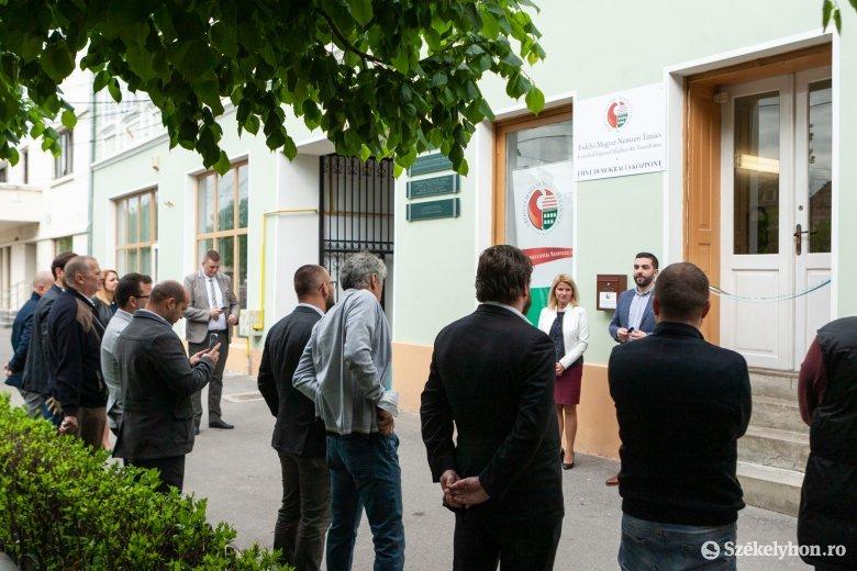 Demokráciaközpontot nyitottak Székelykeresztúron