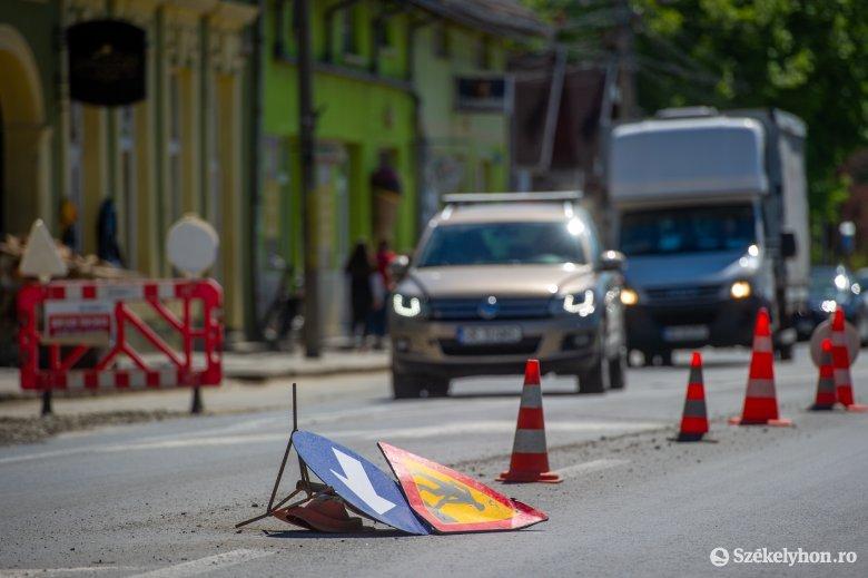 A városi utak javítását nem lehet elég korán kezdeni