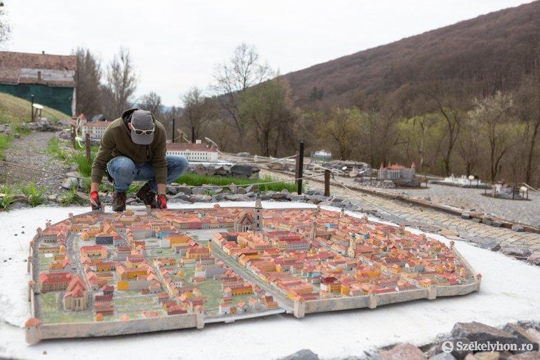 A Mini Erdély Park és a Borvízmúzeum is újdonságokkal várja az érdeklődőket