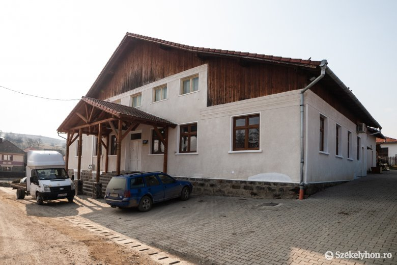 Felújították a kecseti kultúrotthont