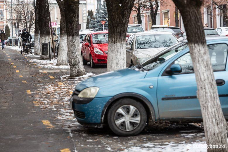 Eltörölnék a városközponti parkolóbérleteket Székelyudvarhelyen