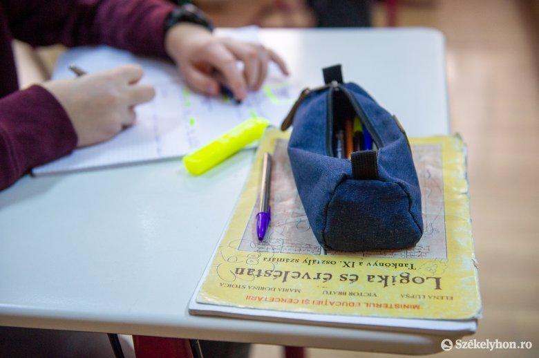 Iskola az iskola után: pénzüket várják a tanárok