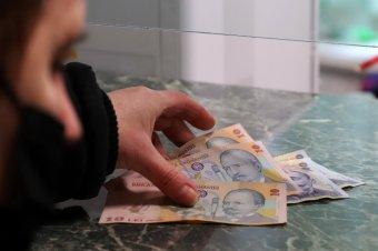 """Elfogadták Románia költségvetését, """"egészségesebb"""" közpénzügyek reményében szavazott igennel az RMDSZ"""