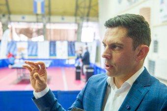 Megreformálná a román sportot – interjú Novák Károly Eduárddal