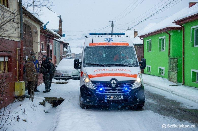 A zord időjárás és a hegyvidéki terep miatt elsősorban négykerék-meghajtású mentőautókra lenne szükség