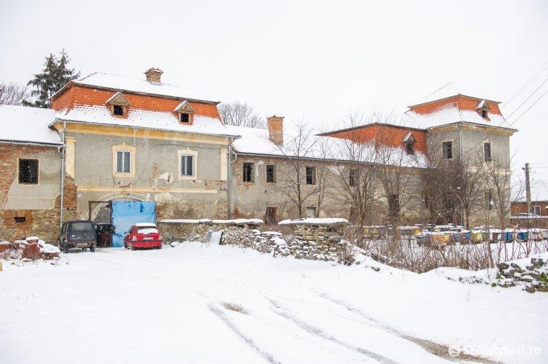 Történelmi jelentőségű beruházás kezdődhet az Ugron-kastélynál