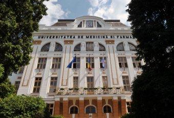 Román kiállás a magyar nyelvű oktatás és orvosképzés mellett