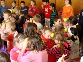 Gyümölcsöző tízórai-frissítés: nagyobb valószínűséggel jutnak egészséges táplálékhoz a diákok