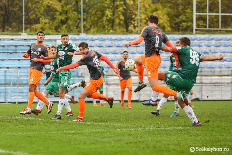 Győzelemmel zárná az őszi szezont az SZFC