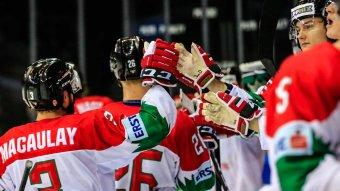 Szinte minden hokivébét törölt az IIHF