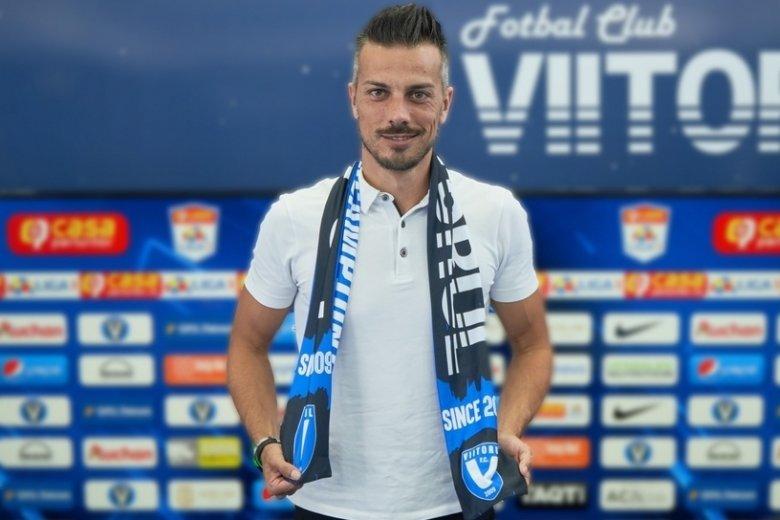 Újabb román labdarúgócsapat váltott spanyol vezetőedzőre