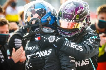 Forma 1: Hamilton győzelmével sorozatban hetedszer világbajnok a Mercedes