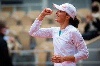 Karrierje első trófeáját szerezte a Roland Garroson