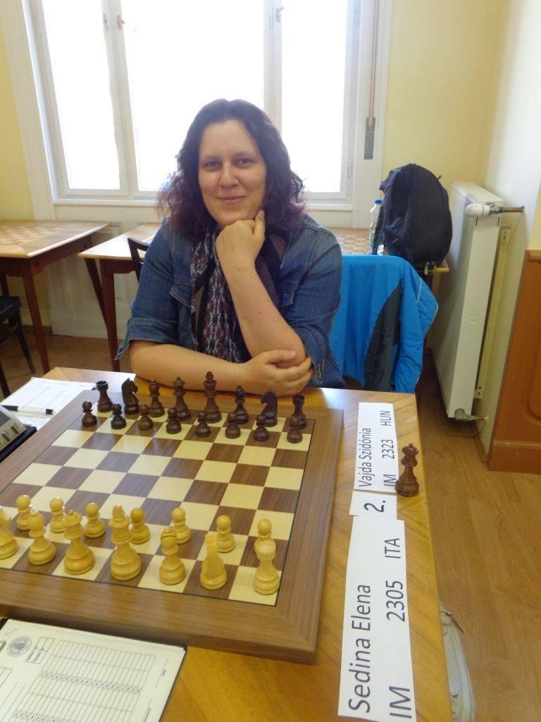 """""""Többet nyertem, mint veszítettem"""" – Interjú Vajda Szidónia nemzetközi sakkmesterrel"""