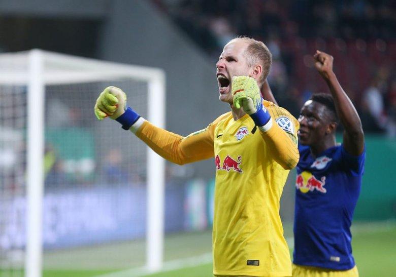 Idegenben jobban megy a Leipzignek, Gulácsi gólpasszt adott